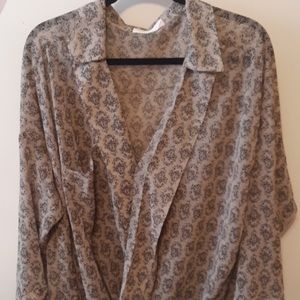 📦T• Grayson taupe wrap blouse